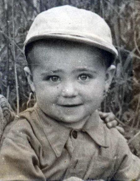 aleksandr-kalyagin-v-detstve