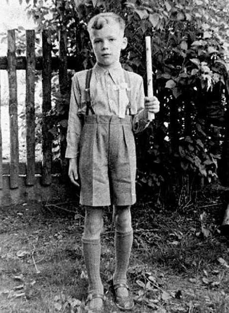 arnold-shvarczenegger-v-detstve