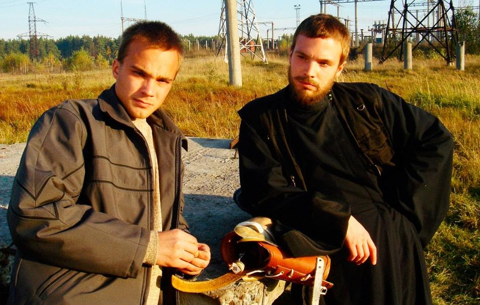 bratya-chadovy-v-filme-zhivoj