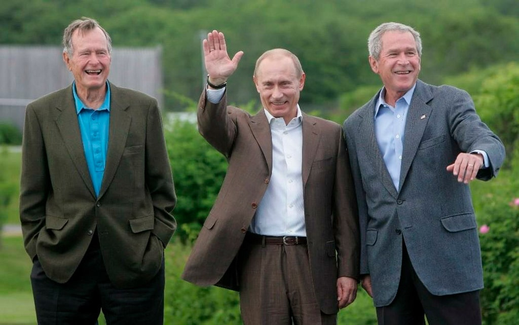 bush-starshij-putin-i-bush-mladshij