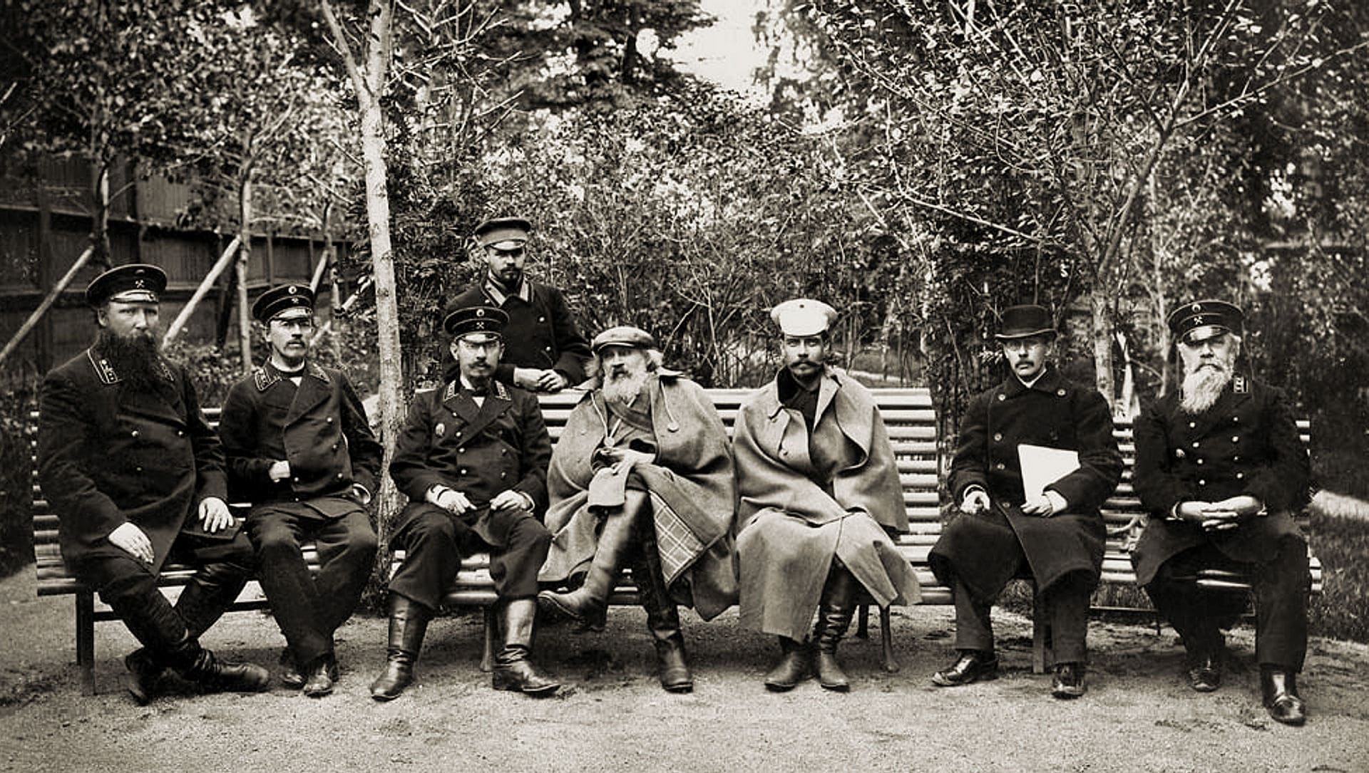 mendeleev-i-p.-a.-zamyatchenskij-na-kushvinskom-metallurgicheskom-zavode
