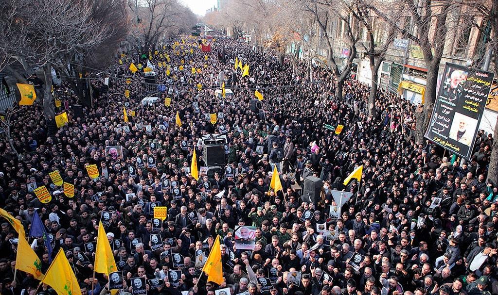 demonstraczii-v-irane-v-svyazi-s-ubijstvom-kasema-sulejmani