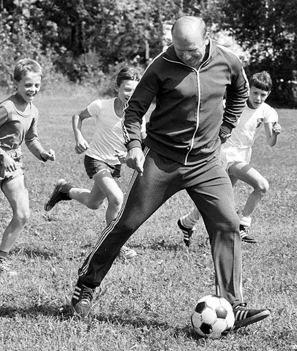 detskij-trener-eduard-strelczov