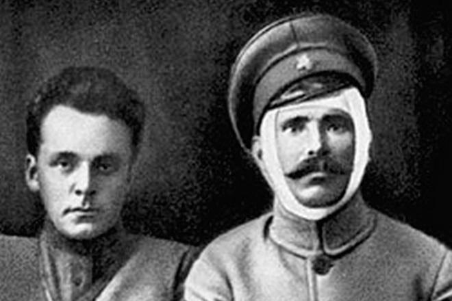 dmitrij-furmanov-i-vasilij-chapaev