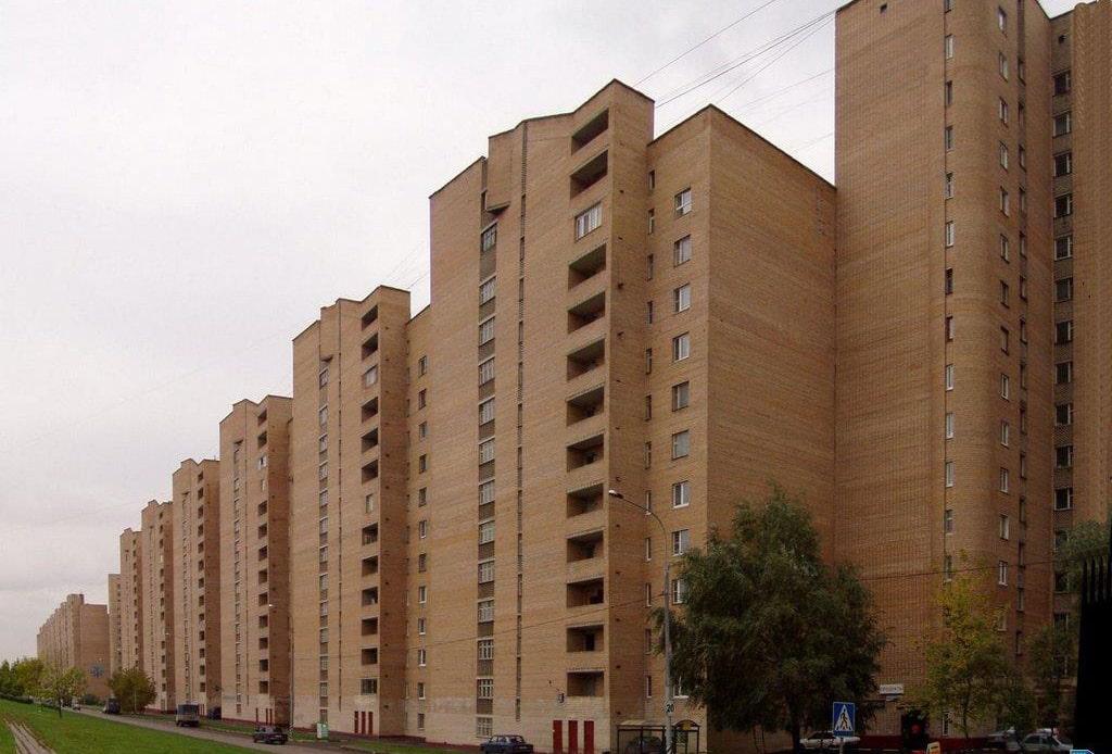 dom-v-moskve-na-ulicze-rimskogo-korsakova-1100-m