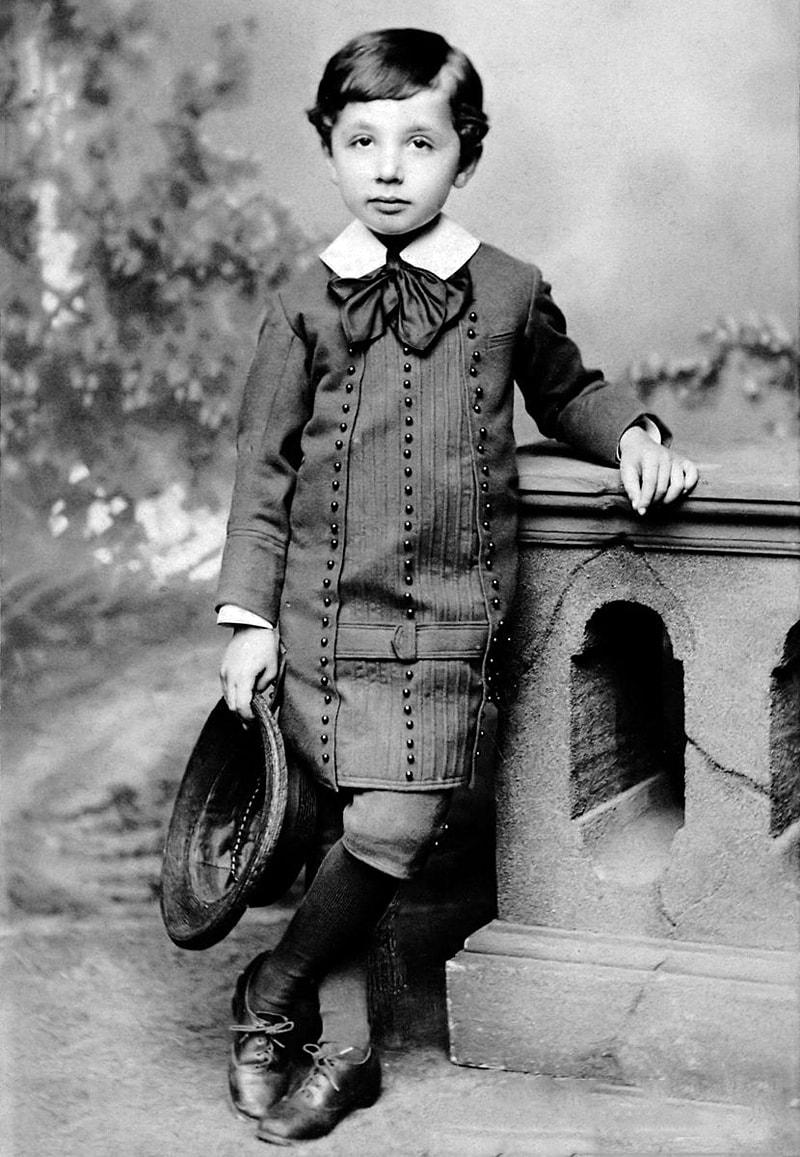 foto-ejnshtejna-v-detstve