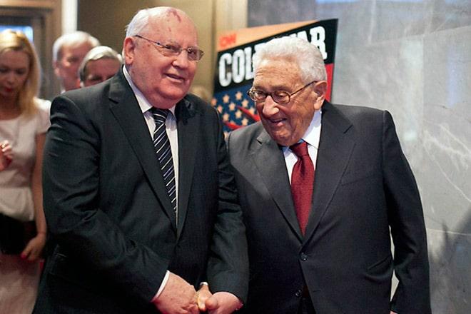 genri-kissindzher-i-mihail-gorbachev