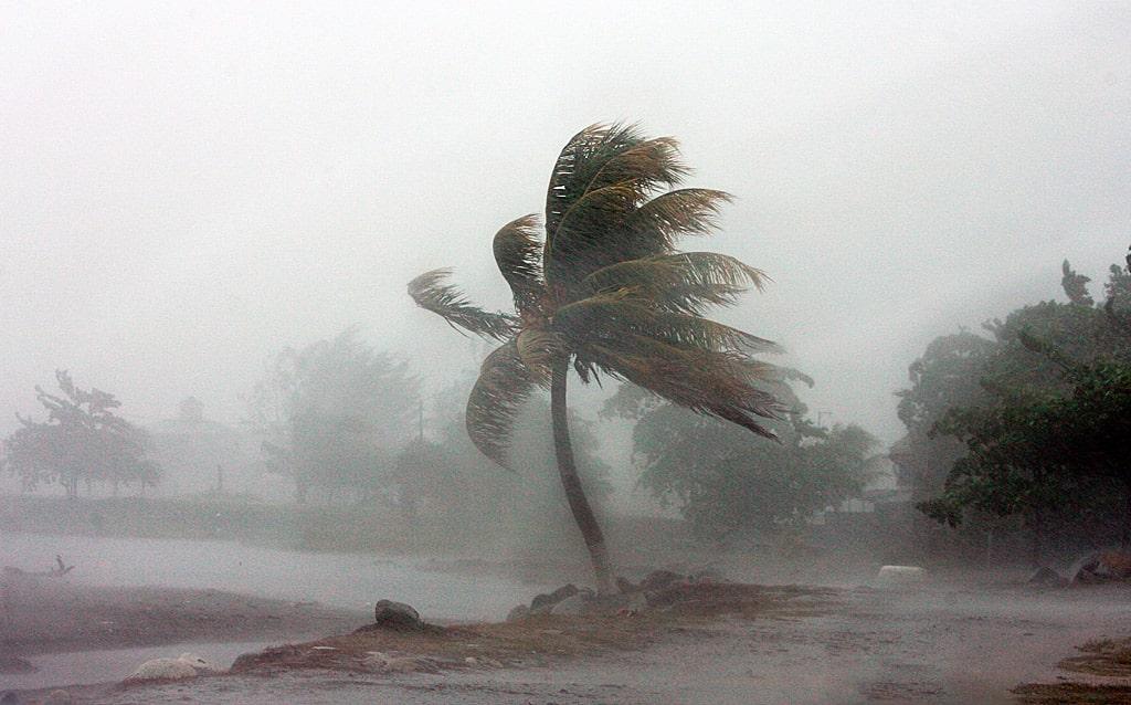 interesnye-fakty-ob-uraganah