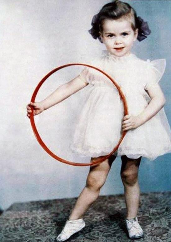 irina-deryugina-v-detstve