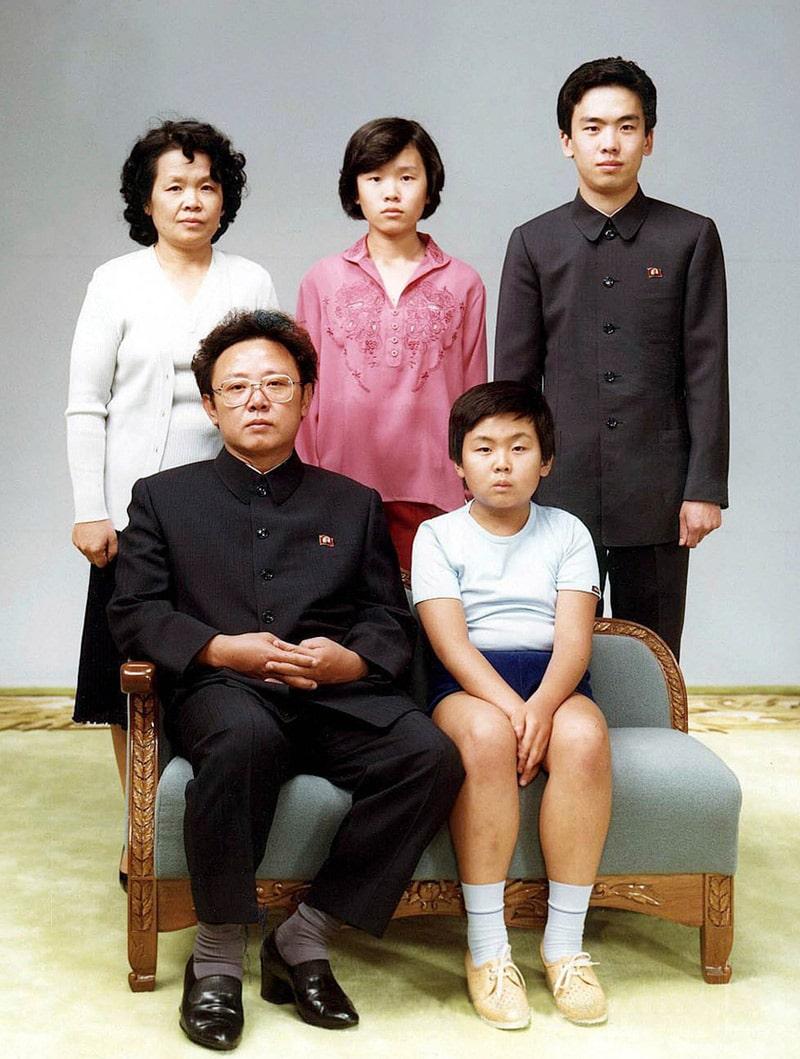 kim-chen-yn-v-detstve-i-ego-semya