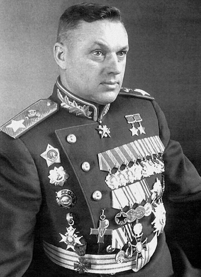 konstantin-rokossovskij-1