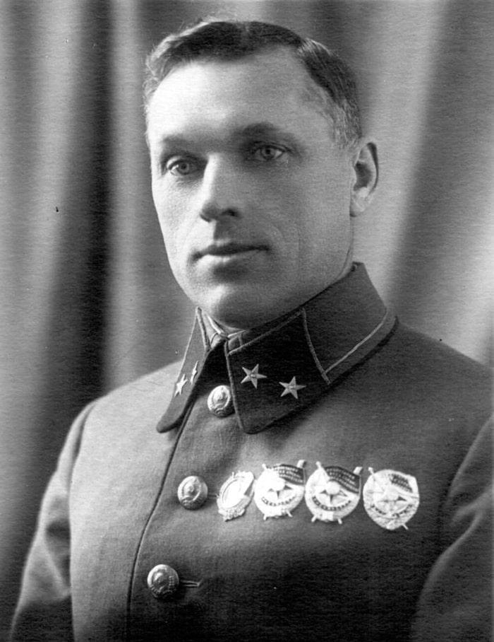 konstantin-rokossovskij-3