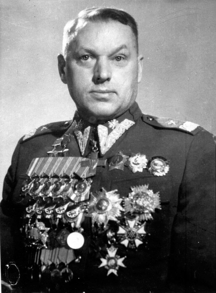 konstantin-rokossovskij-5