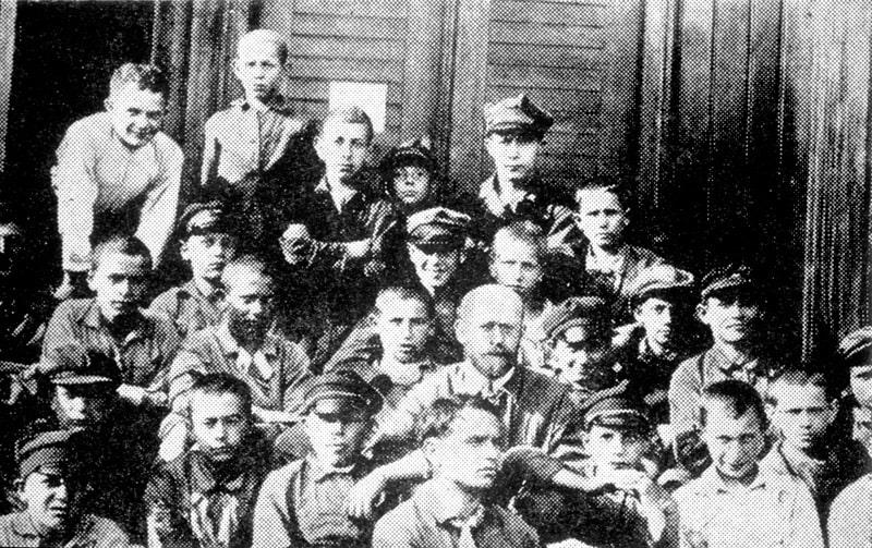 korchak-s-detmi-1927