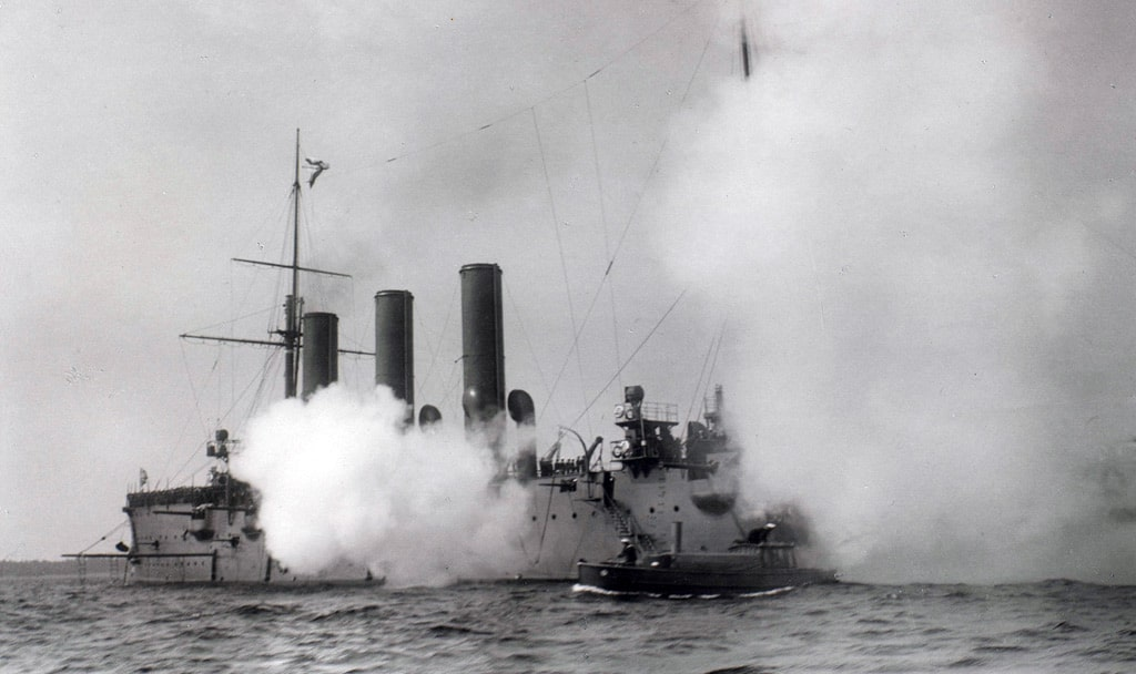 krejser-avrora-v-revele-1908