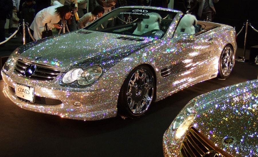 kristalnyj-tyunig-avtomobilej-svarovski-21-vek