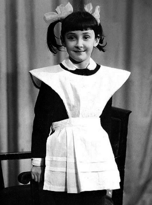 lolita-milyavskaya-v-detstve