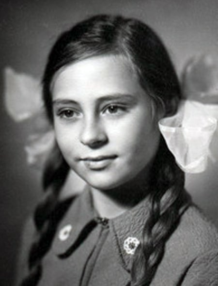 marina-hlebnikova-v-detstve