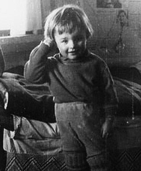 mihail-porechenkov-v-detstve