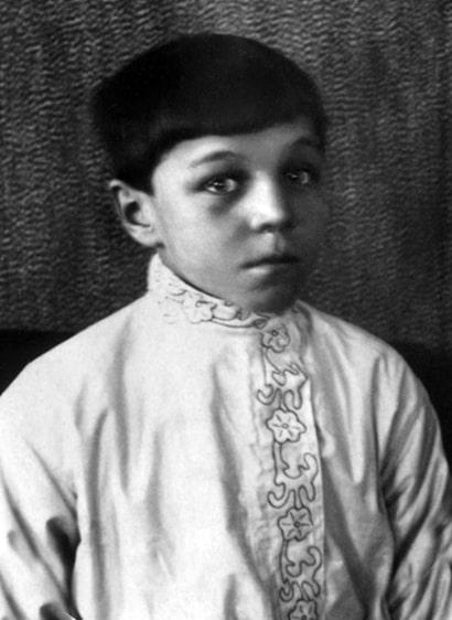 mihail-ulyanov-v-detstve