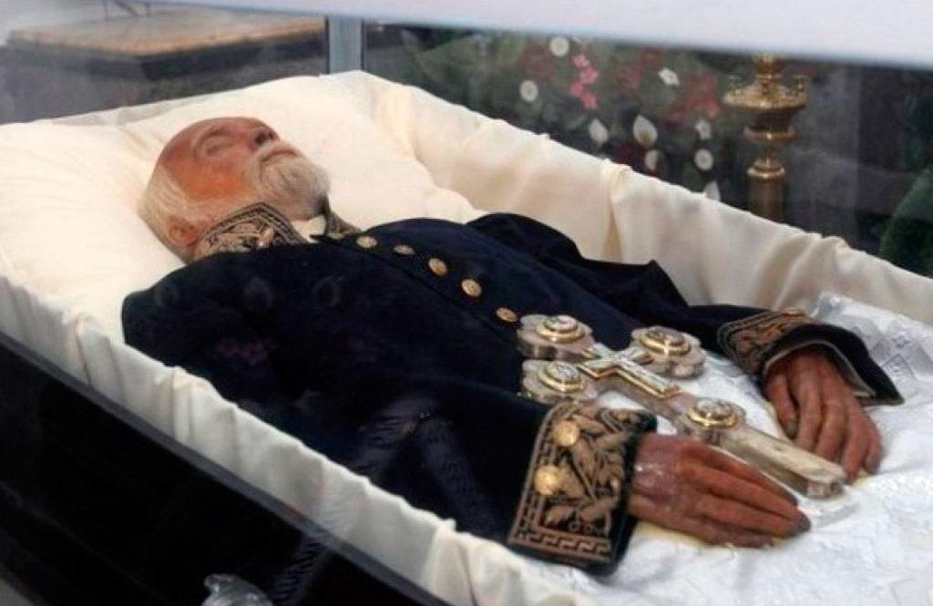mumiya-nikolaya-pirogova