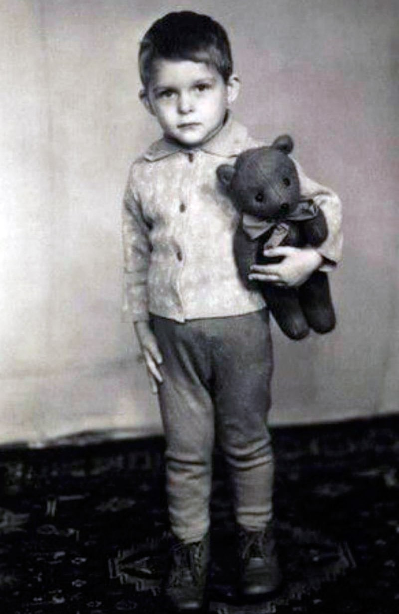oleg-tinkov-v-detstve