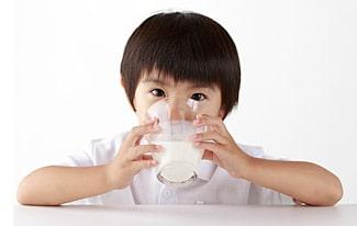 Почему азиаты не пьют молоко