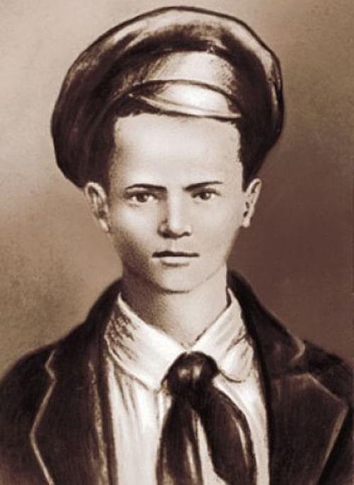 portret-pavlika-morozova-sozdannyj-na-osnove-edinstvennoj-izvestnoj-ego-fotografii
