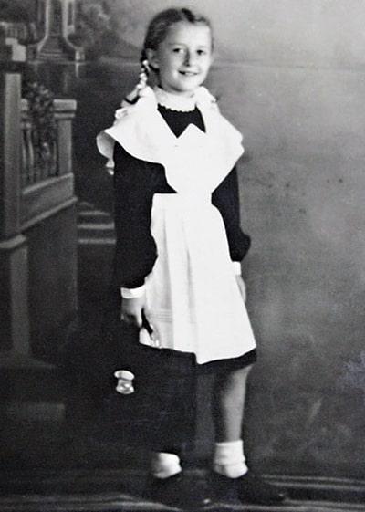 regina-duboviczkaya-v-detstve