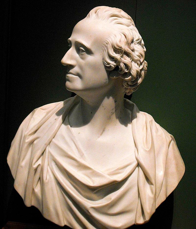 skulptura-adama-smita