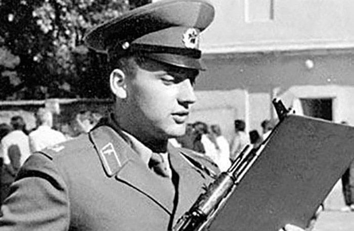stas-mihajlov-v-armii