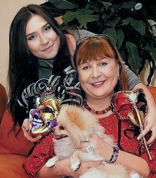 tatyana-kravchenko-s-docheryu