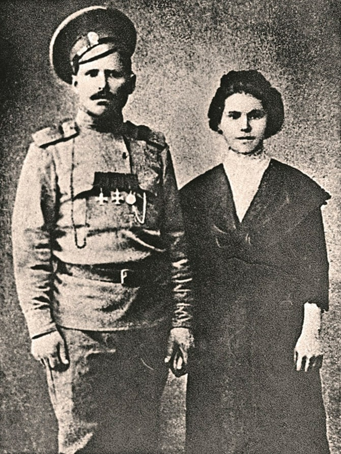 vasilij-chapaev-i-ego-zhena-pelageya-metlina