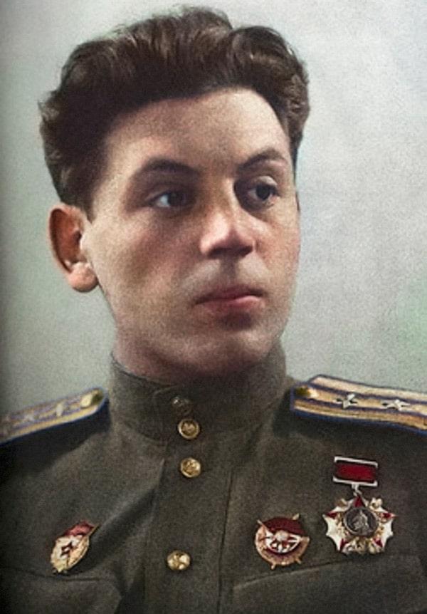 vasilij-stalin-4
