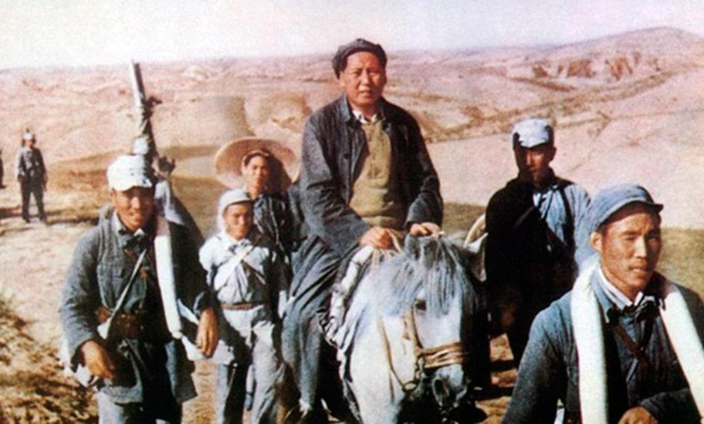 velikij-pohod-kitajskih-kommunistov-vo-glave-s-mao