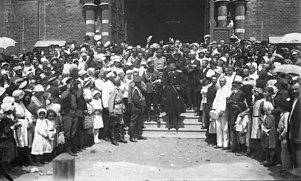 vstrecha-vrangelya-v-czariczyne-v-1919-godu