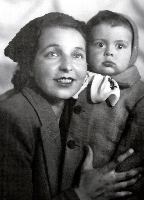 vyacheslav-dobrynin-s-mamoj