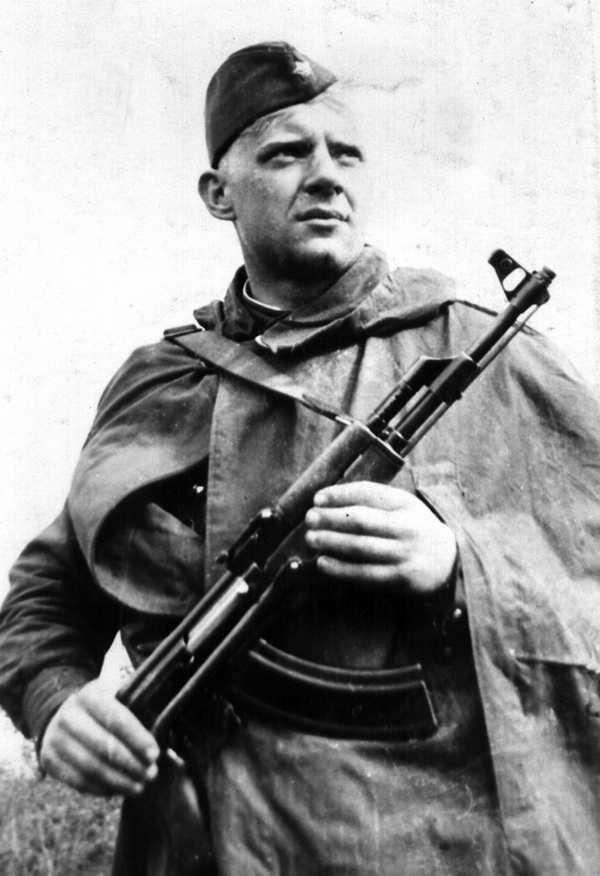 yurij-vizbor-v-armii