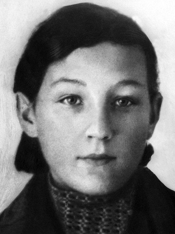 zoya-kosmodemyanskaya-1