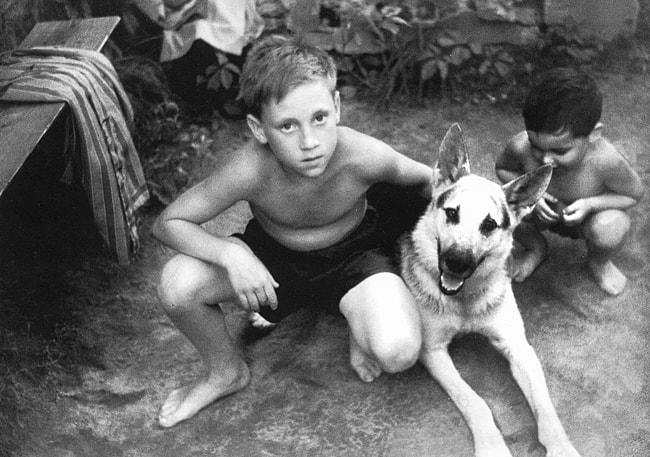 12-letniy-Vladimir-Vyisotskiy