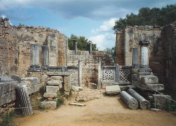 Семь чудес света Статуя Зевса в Олимпии (2)