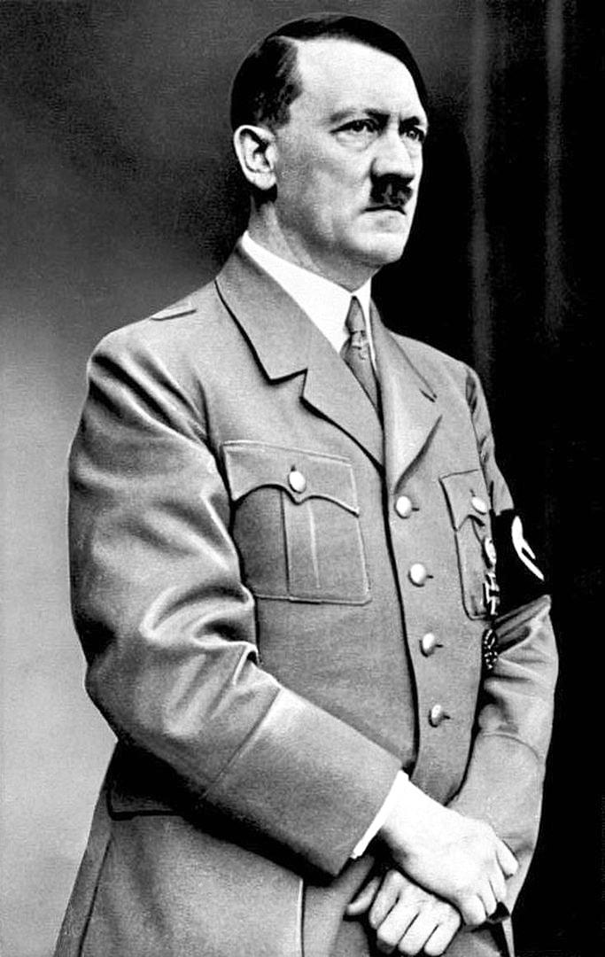 Adolf-Gitler-12