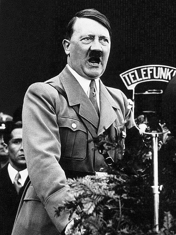 Adolf-Gitler-7