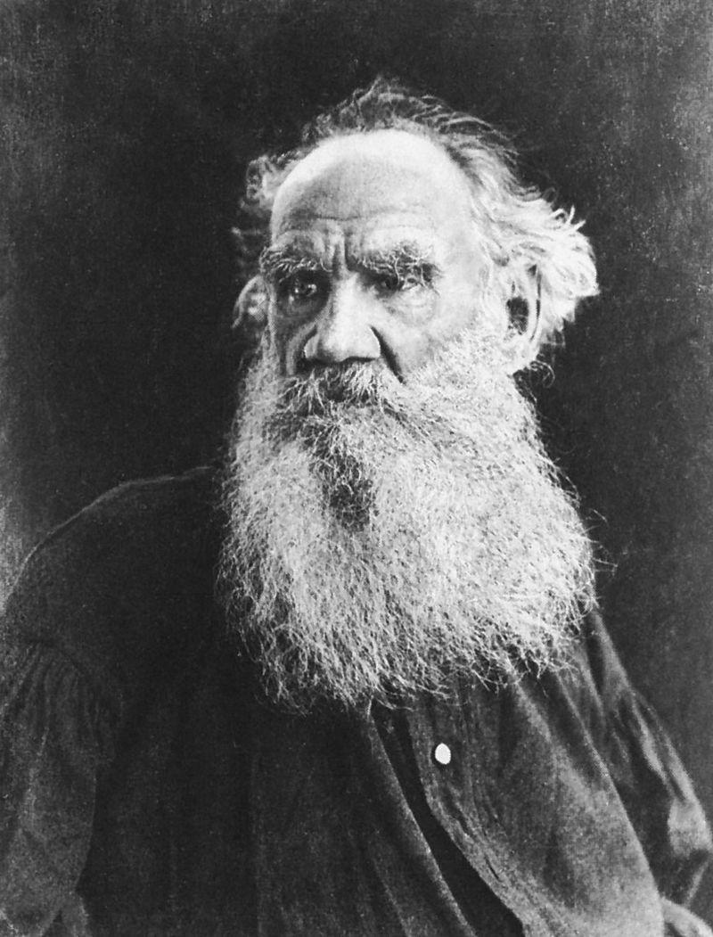 Biografiya-portret-Tolstogo-1