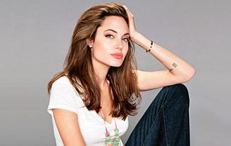 Редкие и уникальные фото Анджелины Джоли