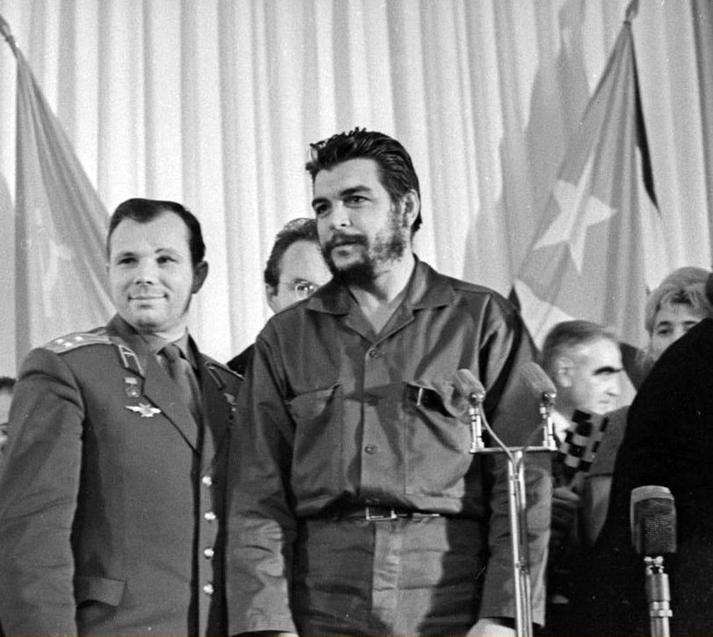 Foto-Gagarin-i-CHe-Gevara