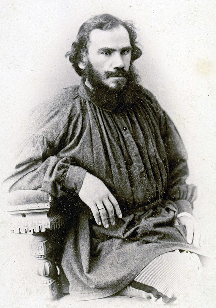 Foto-Lva-Tolstogo-v-molodosti