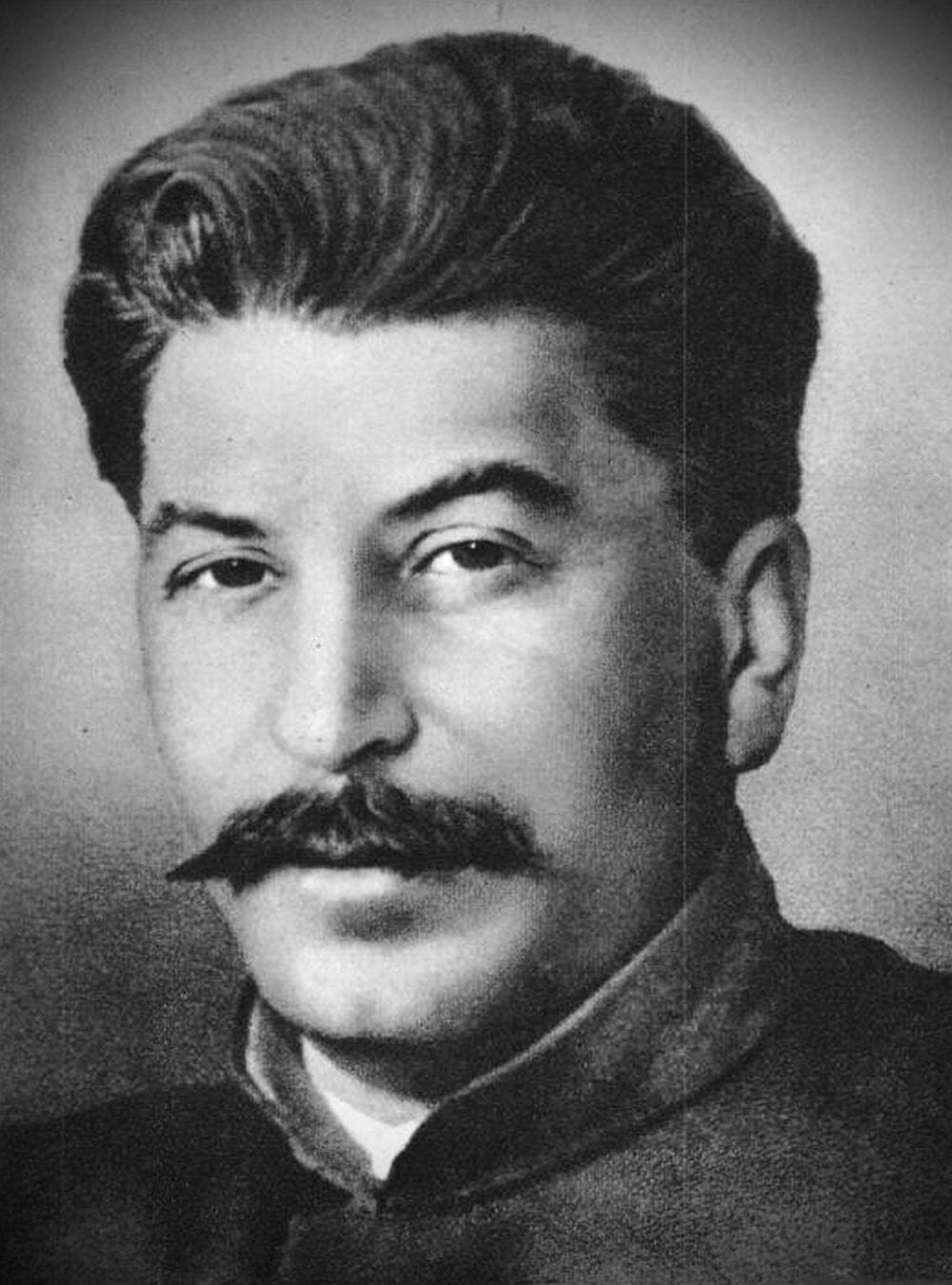 Foto-Stalin-v-Molodosti-2
