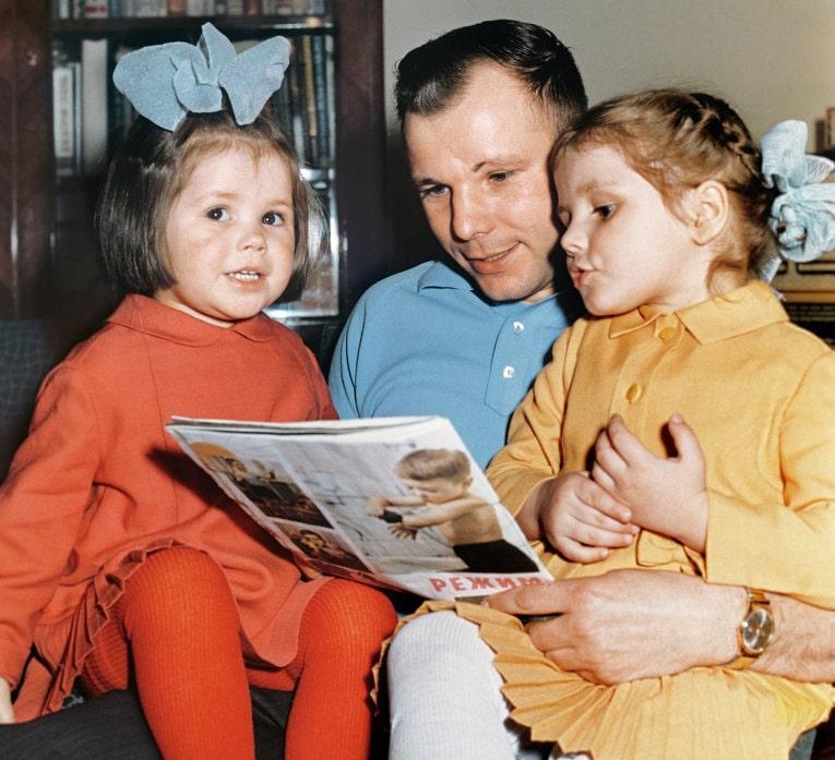 Foto-YUriy-Gagarin-i-deti-foto