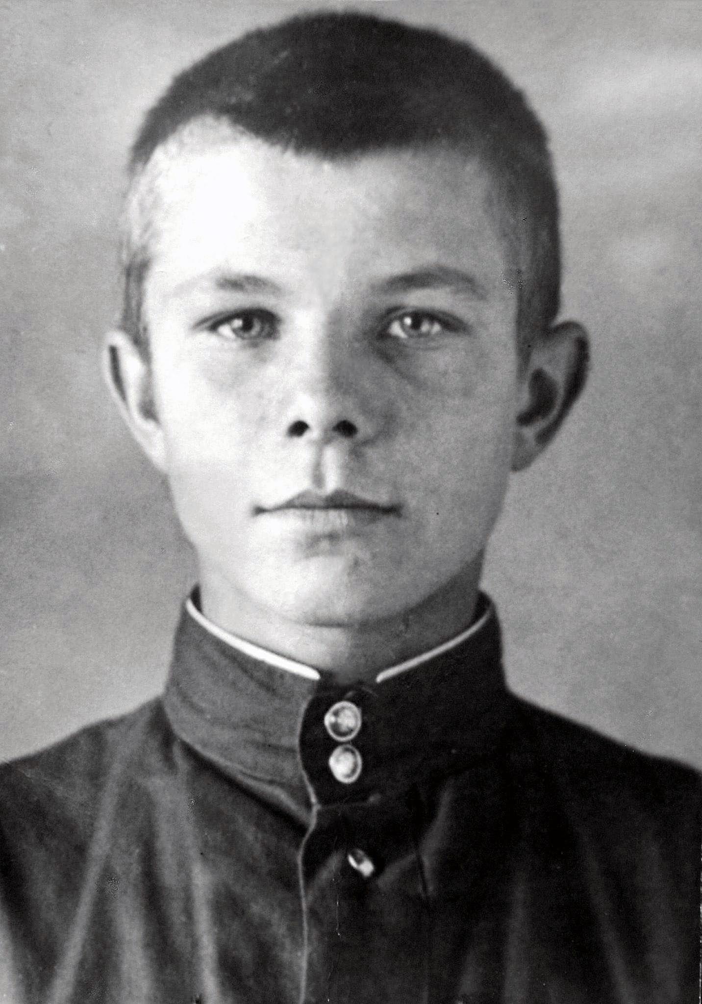 Foto-YUriya-Gagarina-v-detstve-4